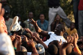 Akon performing on the set of his new music video. Soweto, South Africa - 14.05.09  Featuring: Akon Where: South Africa When: 14 May 2009 Credit: WENN  **Not available for publication in South Africa**