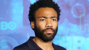 161021144524-donald-glover-cast-lando-medium-plus-169.jpg