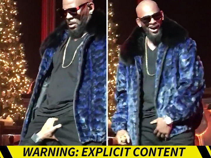 r-kelly-fan-grabs-handful-of-chestnuts-during-christmas-concert-video_1